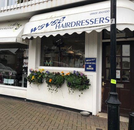 Waves Hairdressers in East Preston (1)
