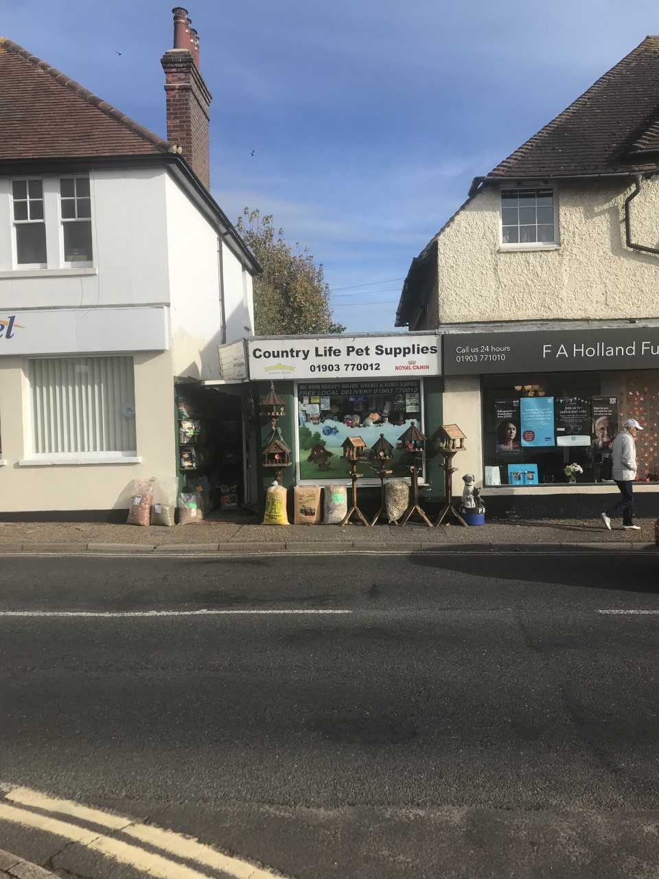 Country Life Pet Supplies in Rustington (1)